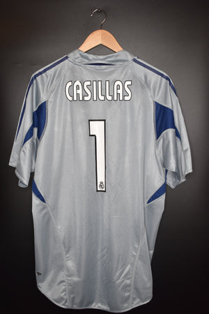 REAL MADRID 2004-2005 CASILLAS ORIGINAL JERSEY Size M (VERY GOOD)