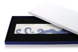Mr. Octopus - centerpiece/serving plate in marble and Azul Macaubas