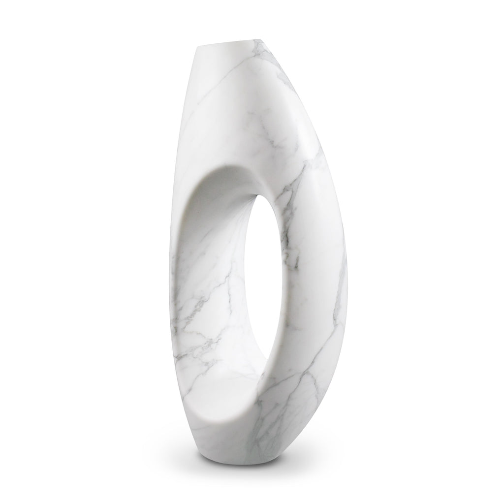 Sculptural vase Pieruga PV02 in Statuary marble