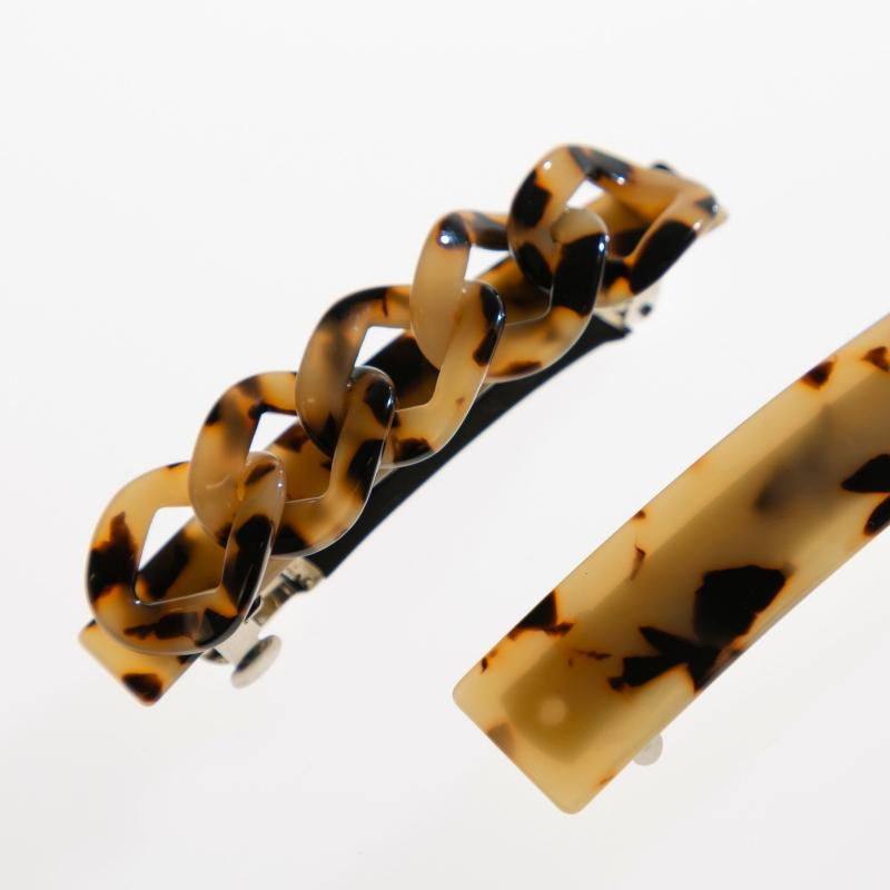Plaited Tortoiseshell Hair Barrette-Gildie