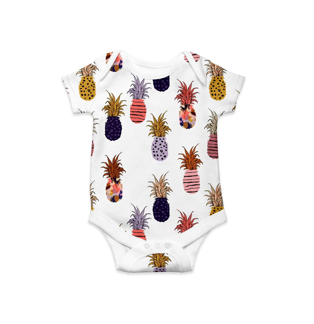 CLASSIC ONESIE - PINEAPPLES ON WHITE SS19/20