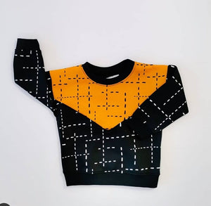 SWEAT SHIRT BLOCK COLOUR - BLACK/ MUSTARD WITH DASHED  LINES AW21