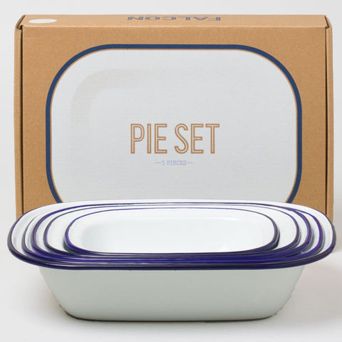 Falcon Enamelware Pie Set