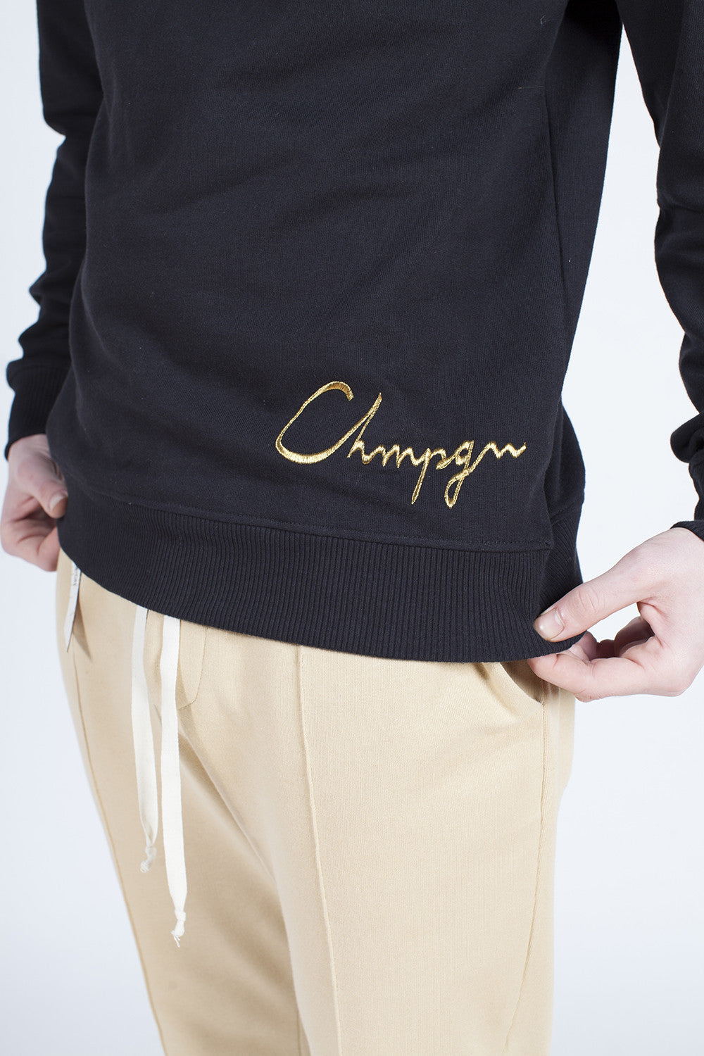 SWEATER -  GOLD CHMPGN - BLACK