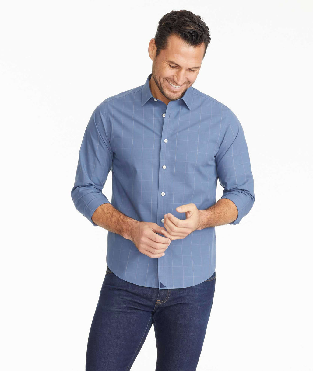 Model wearing a Wrinkle-Free Baracci Shirt