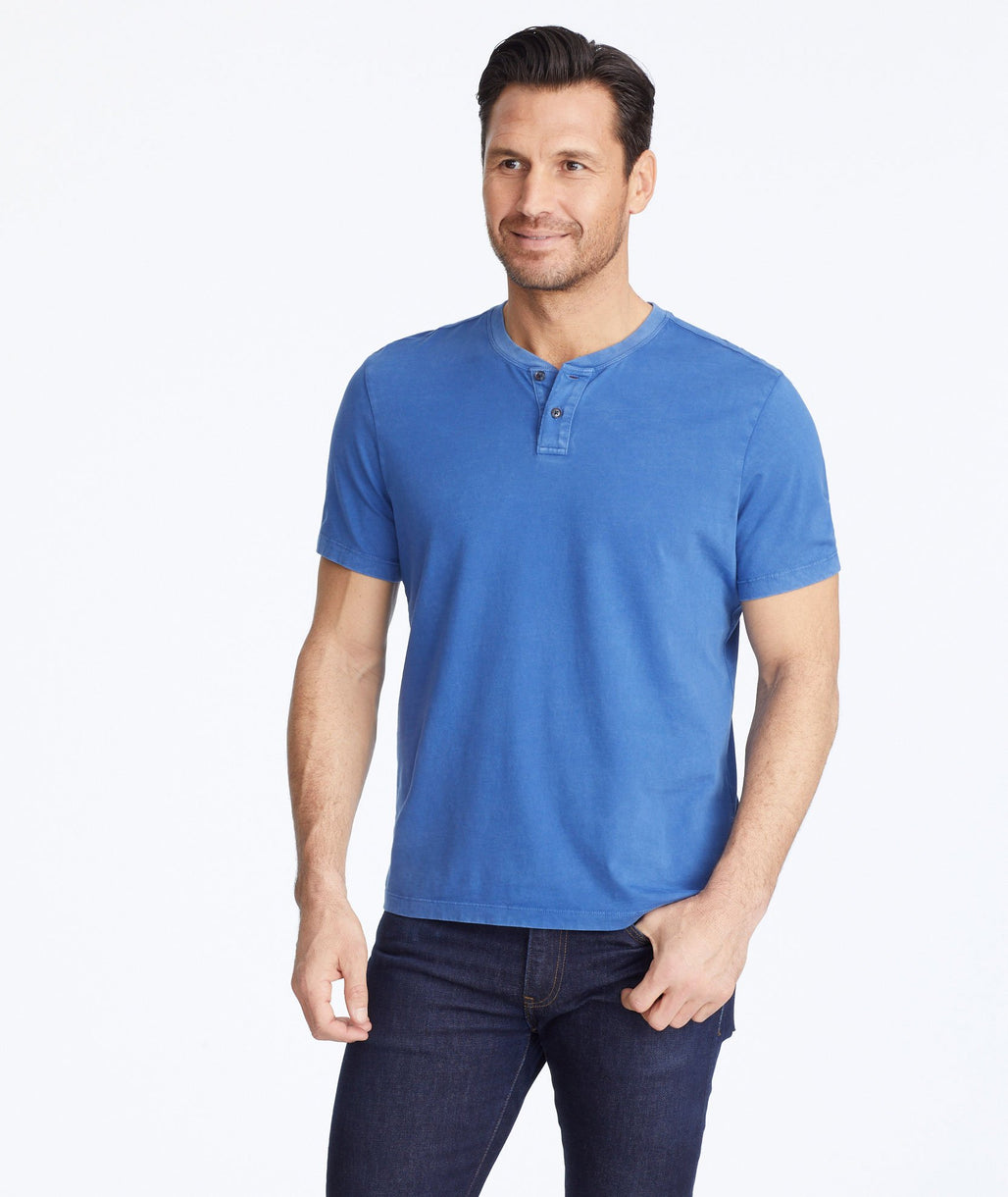 Model wearing a Blue Short-Sleeve Baxter Henley