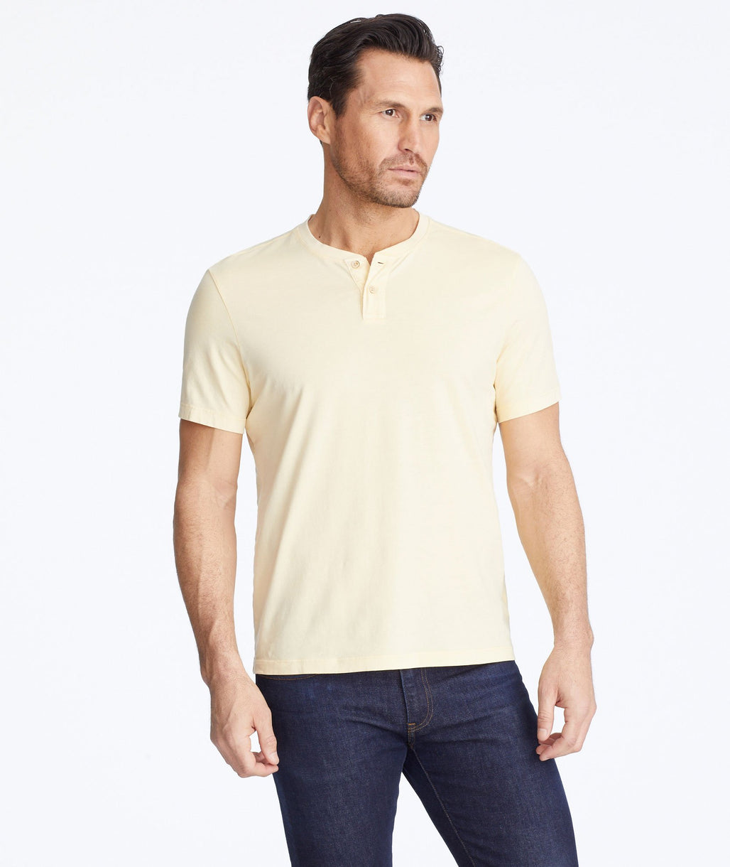 Model wearing a Yellow Short-Sleeve Baxter Henley