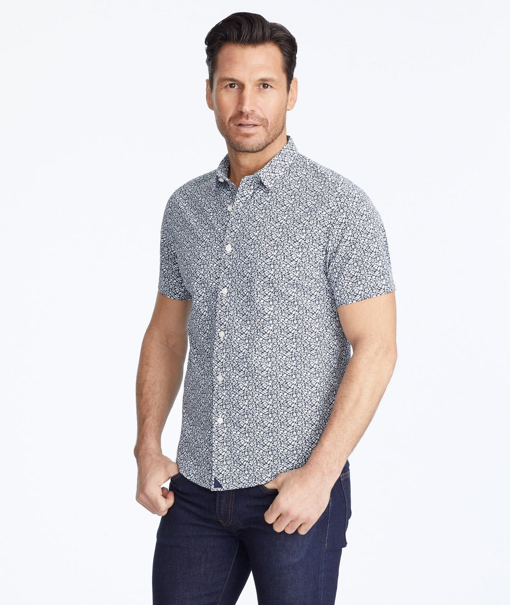 Model wearing a Blue Wrinkle-Free Performance Short-Sleeve Chaddsford Shirt