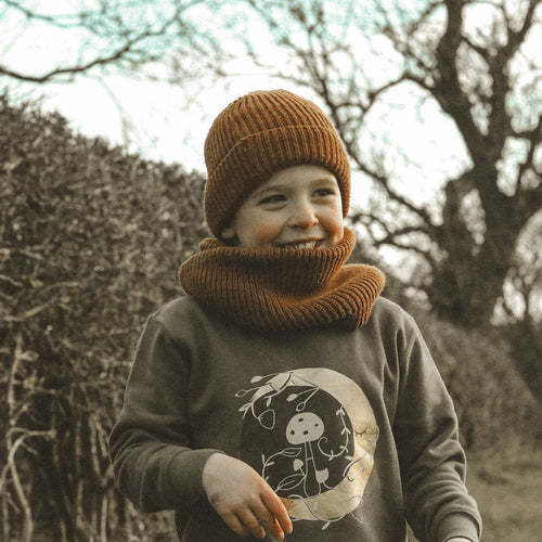MYSTIC MOON KIDS SWEATSHIRT IN OLIVE
