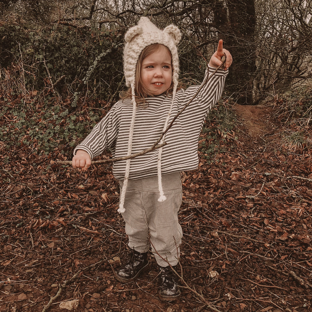 GREY AND WHITE STRIPE OVERSIZED KIDS SWEATSHIRT