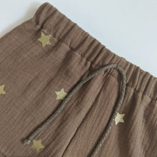Load image into Gallery viewer, GOLD STAR KIDS SHORTS IN SAND