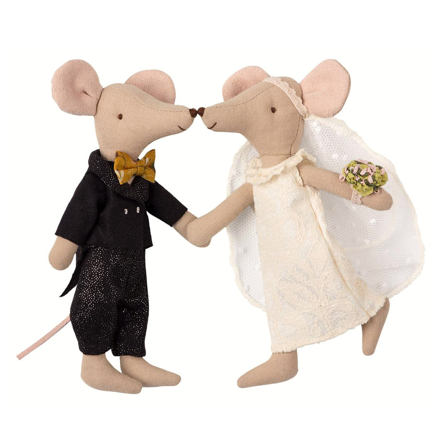 Mailed Wedding Mice Bride Groom Couple Box Doll Toy Danish Tadpoles & Tiddlers Cleveland Bath Akron Ohio