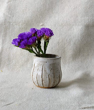 Load image into Gallery viewer, Miniature Bud Vase
