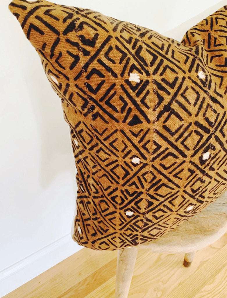 AREN Throw Pillow | African Mud Cloth
