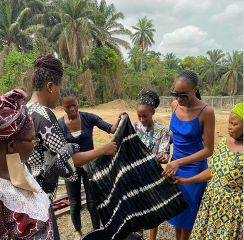 Michelle Adepoju with female dyes in Osun state in Nigeria