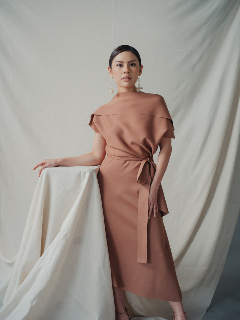 Anny Dress in Brown