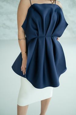 Fiore Top in Navy