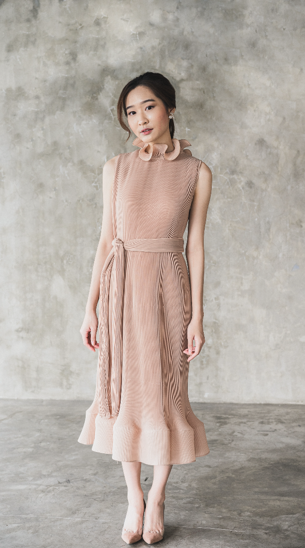 Moudy Dress in Beige (Pre-Order, will be delivered on Wednesday, 12 Feb 2020)