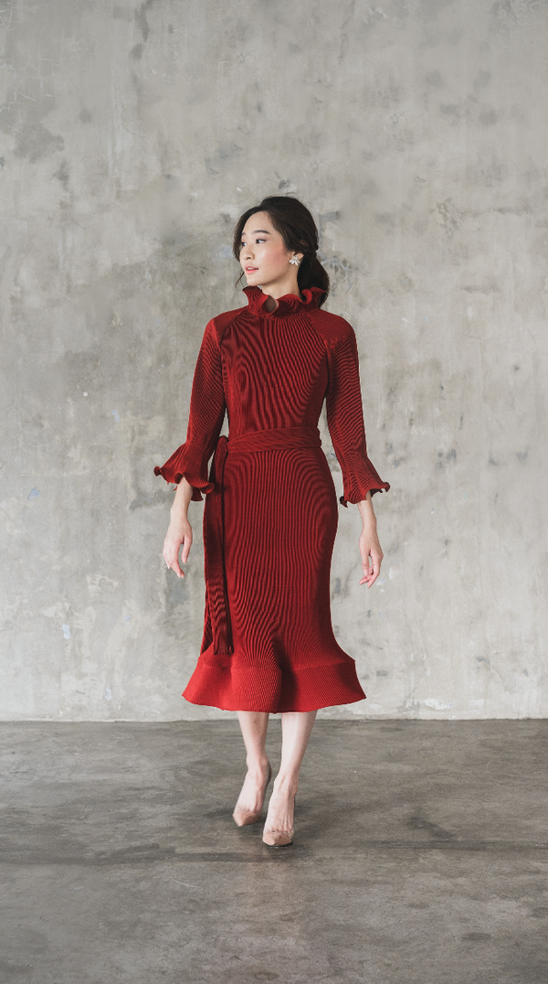 Moudy Dress in Red 7/8 Sleeve Length (Pre-Order, will be delivered on Wednesday, 12 Feb 2020)