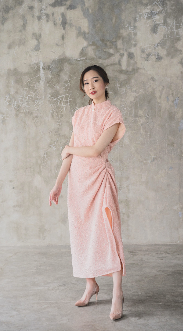 Sandra Dress in Peach (Will be delivered on Monday, 20 December 2019)