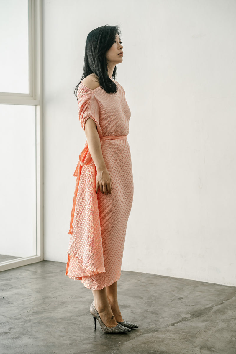 Dio Dress in Peach Creme