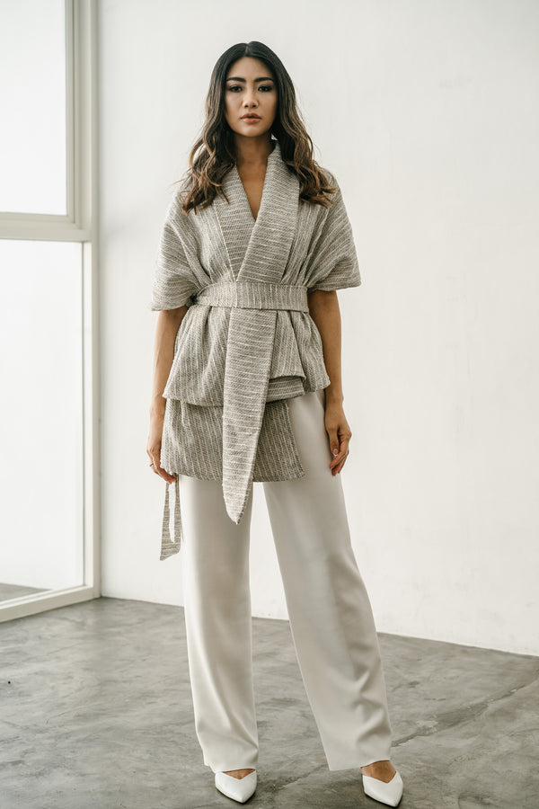 Avery Top / Outer in Light Grey