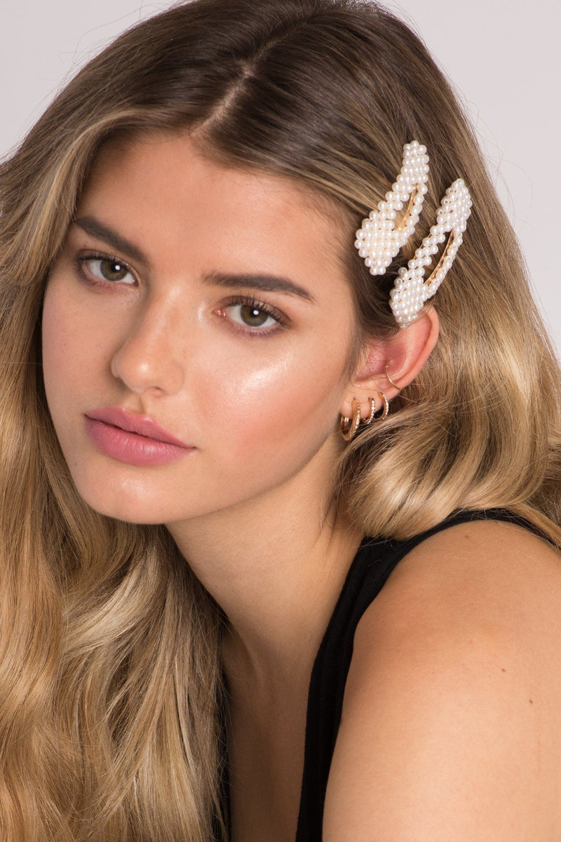 Pearl Embellished Hair Clip
