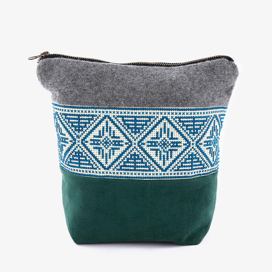 Pouch in Grey & Green