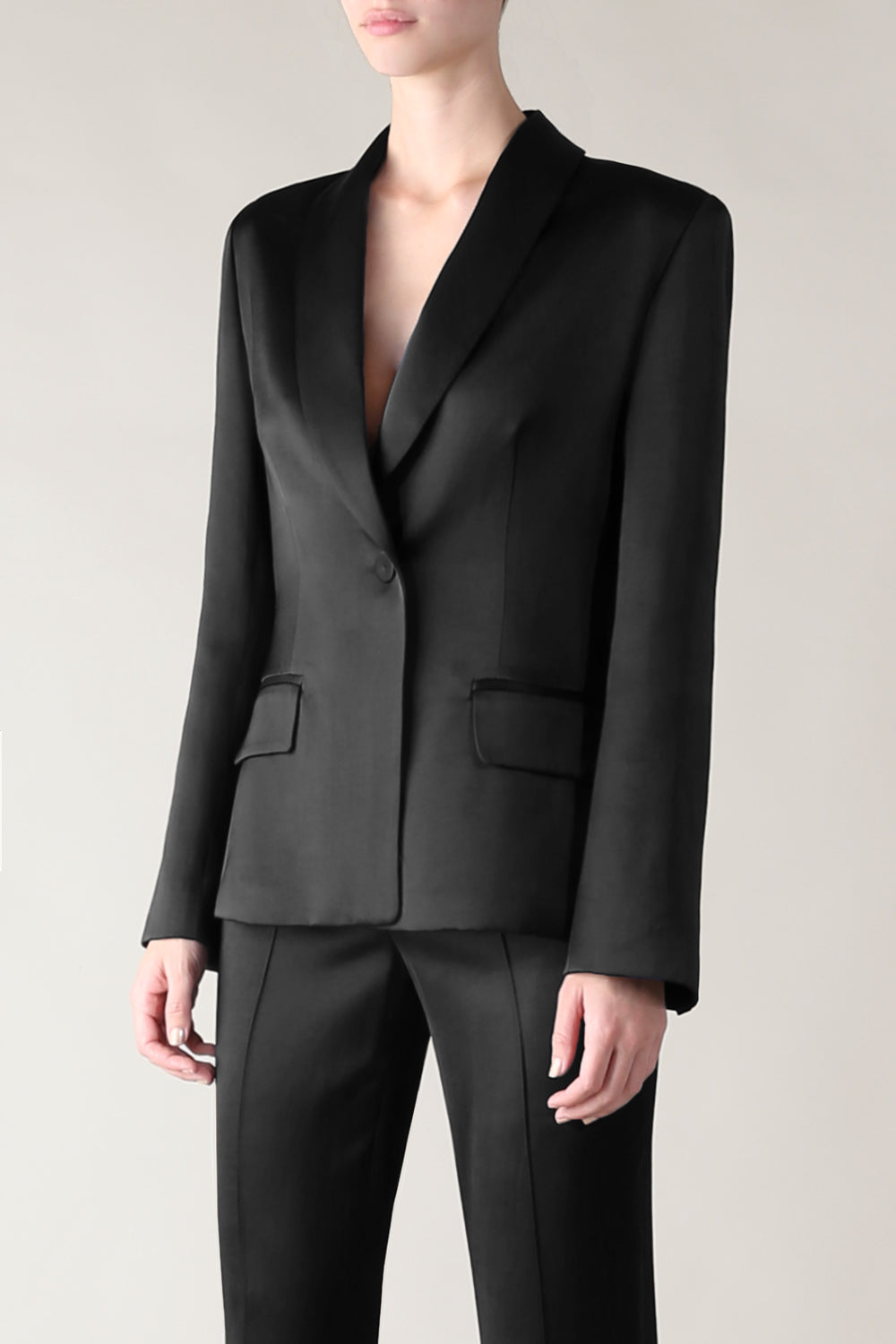 THE CLASSIC BEAUTY JACKET BLACK