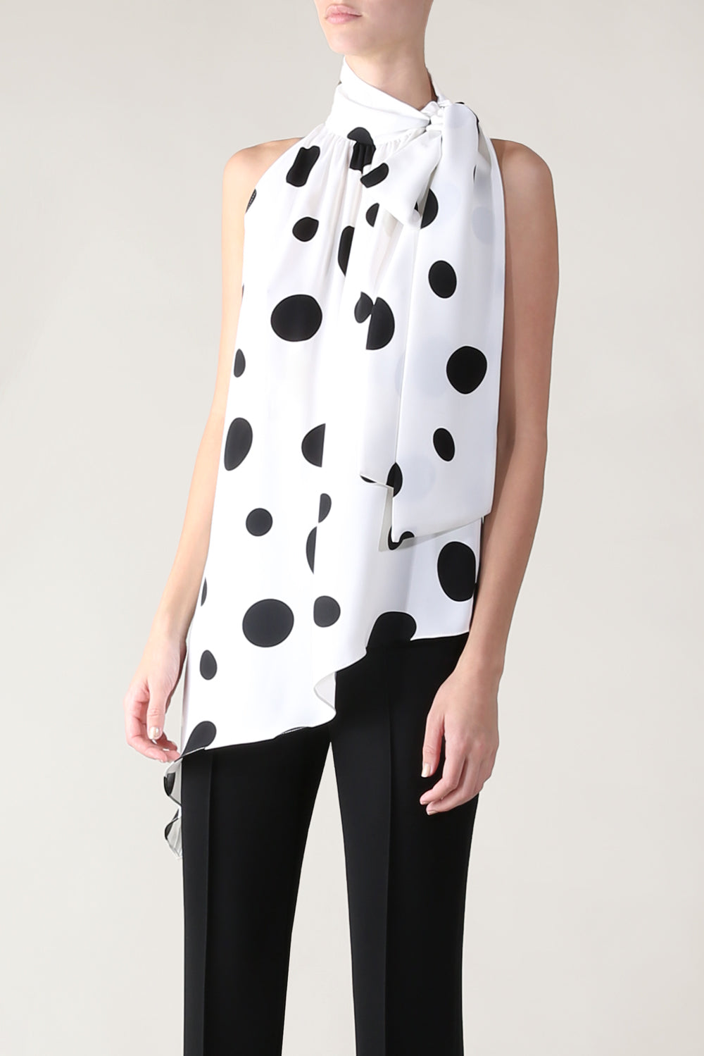 SPOT ON BOWED BEAUTY TOP