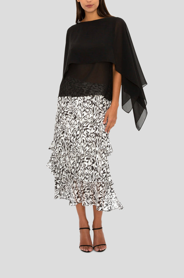 BLACK & WHITE ESSENCE OF EASE SKIRT