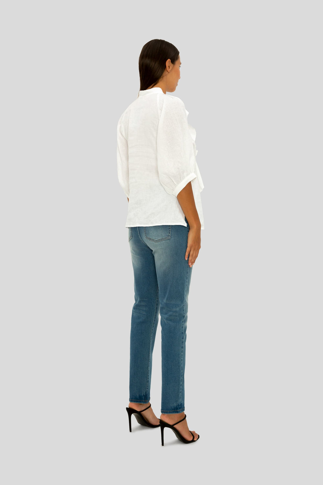 THE WHITE LINEN CRISP AND COOL FRILL SHIRT