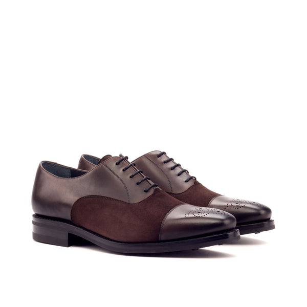 Customizable Classic Oxford Shoe