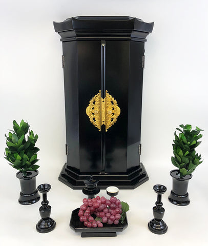30 Black Pagoda Style Butsudan with Ornaments and Butsugu Set