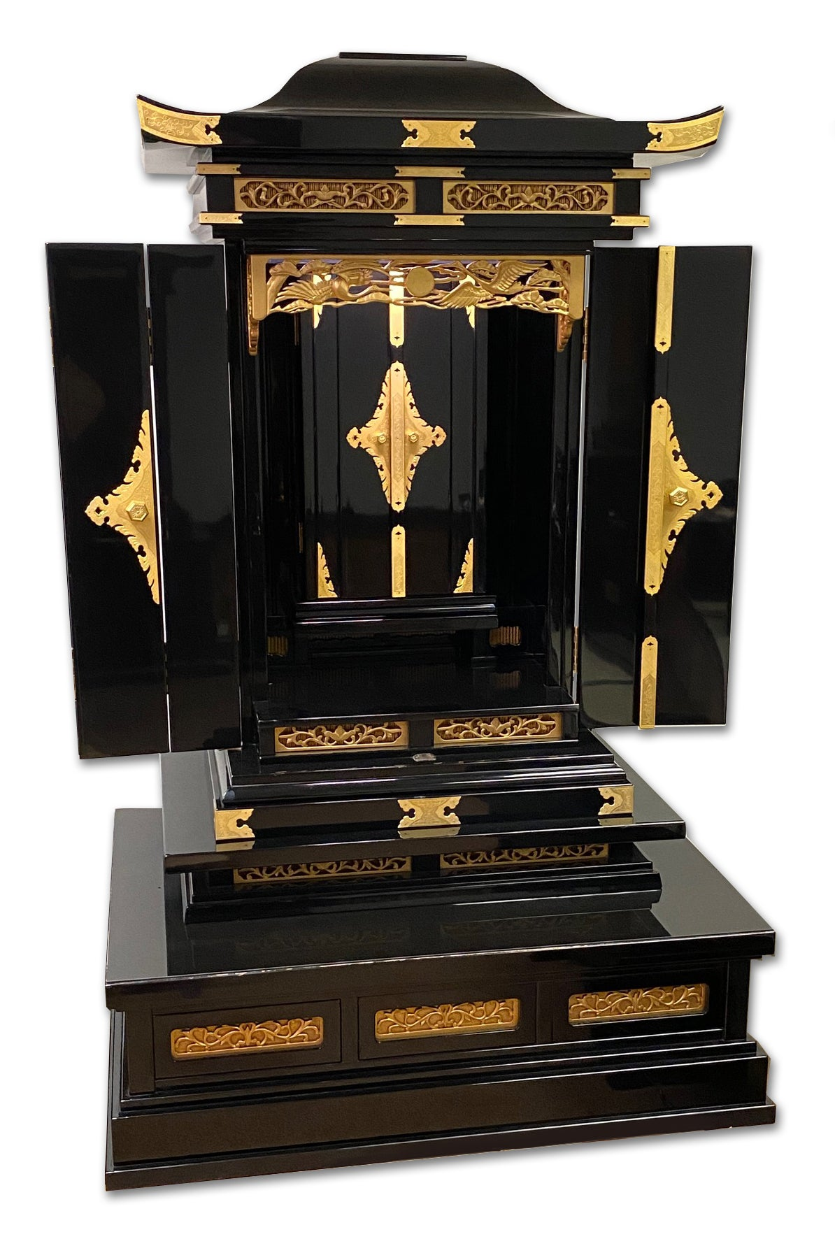 6450 Premium Black Lacquer Pagoda Style Butsudan with Automatic Inner Doors (Very Gently Used)