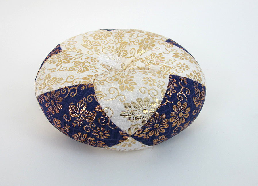 "Purple & White Round Bell Cushion for No. 5 (6.75"" Diameter) Bell"