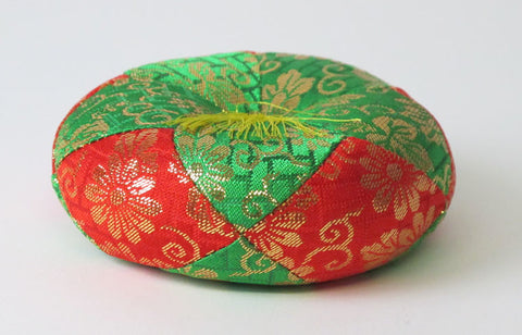 "Red & Green Round Bell Cushion for No. 2.8 (3.5"" Diameter) Bell"