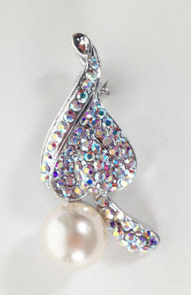Leaf with Pearl Broach