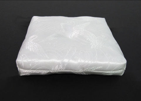 "White Square Bell Cushion with No Tassel for No. 3 (3.5"" Diameter) Bell"