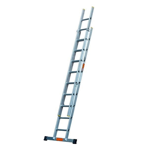 Aluminium Triple Ladder inc Stabiliser