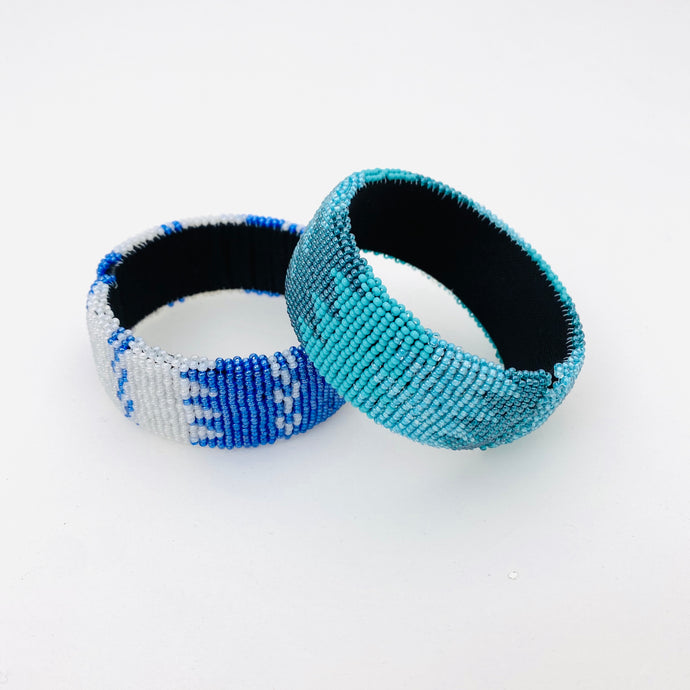 BLUE BEADED BRACELET SET