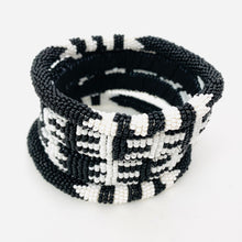Load image into Gallery viewer, BLACK AND WHITE BRACELET SET