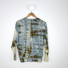 Load image into Gallery viewer, THE LAGOON SWEATER