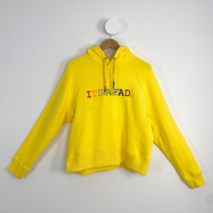 YELLOW ITS A FAD. HOODIE