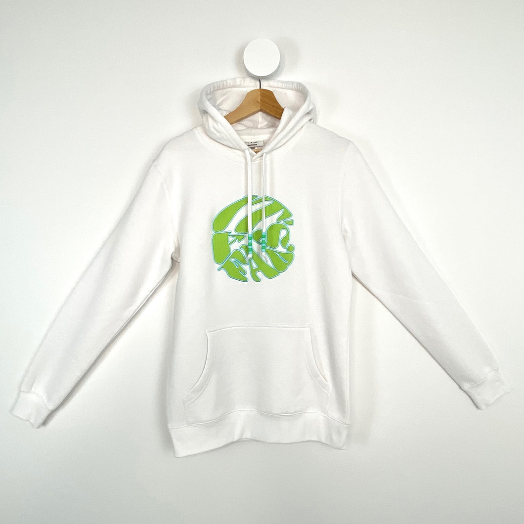 WHITE AND GREEN ITS A FAD. HOODIE