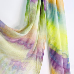 ELEGANT COLOURFUL SCARF