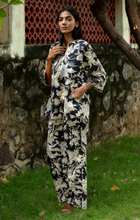 Load image into Gallery viewer, Radha Tunic Pj Set- Black Chinoiserie