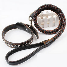 Load image into Gallery viewer, Leather Traction Rope with Weaving Collar