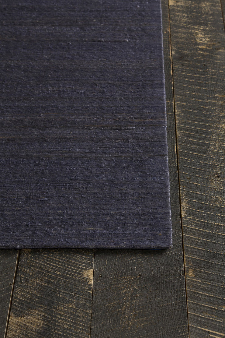 Evie Collection Hand-Woven Area Rug in Purple