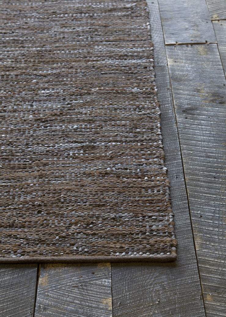 Saket Collection Hand-Woven Area Rug in Brown